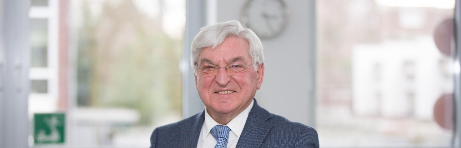 RA H. Georg Henn